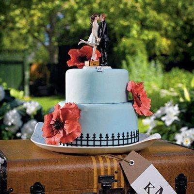 画像3: ウエディングケーキトッパー/トランクに乗ってキスする花嫁