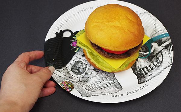 ハロウィン紙皿ハンバーガー