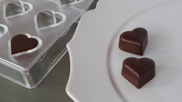 ハートのチョコレート型ポリカーボネイト