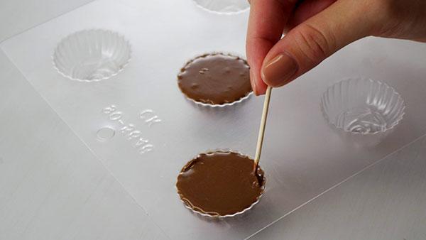 チョコレート型の使い方