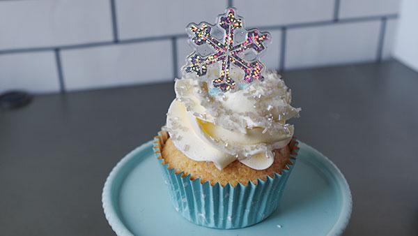 雪の結晶カップケーキ